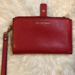 Handbags - Michael Kors wallet/wristlet